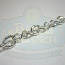 Silver Chain w/Figure 8 and Textured Ovals