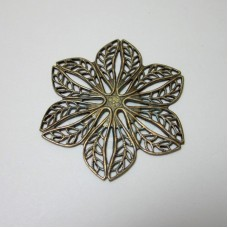 Filigree Flat Six Leaf Flower
